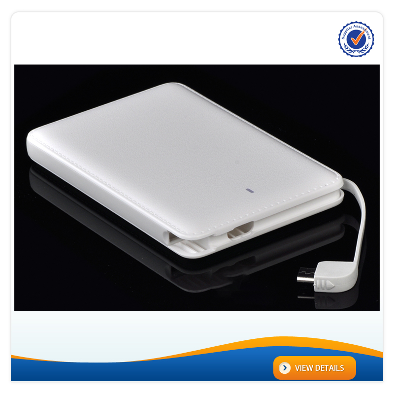 AWC931 Dual usb 7cm thin 10000mAh lithium battery portable charger Built in cable ABS powerbank 10000