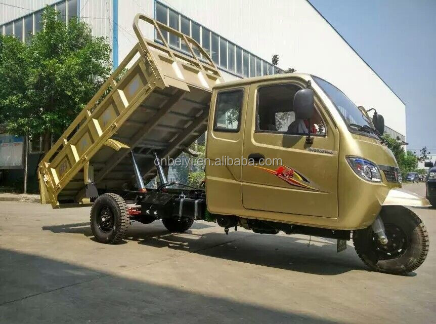 2016 Hot Sale China Driver Cabin Heavy Tricycle 1000CC dumper heavy loading Closed Cabin Cargo Tricycle