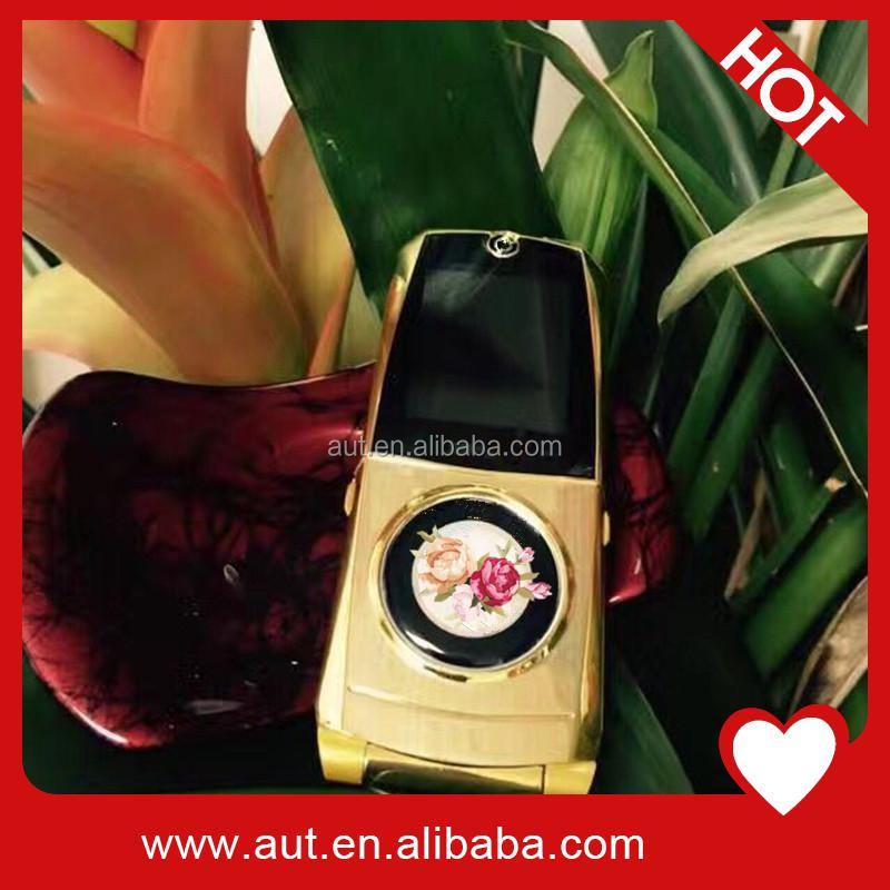 Gold color 1.44 inch small size car model mobile phone 760