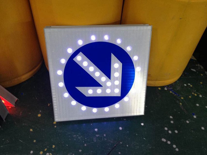 Factory direct price aluminum sign board led traffic warning solar road sign