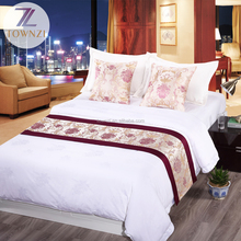 High Quality Customized Logo Printing 4pcs Bedding Set Hotel Supplies Bed Runner Luxury Cotton Bedding Sets