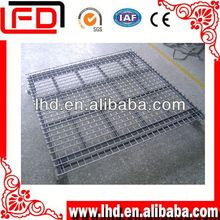 Half spread and 2-way entry tire storage foldable pallet tank for x-ray film storage
