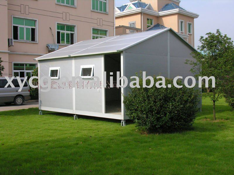 Movable prefabricated house with complete accessory