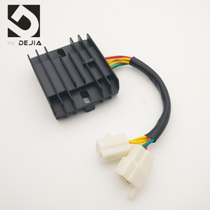 High Quality Chinese CBT125 CB125T 5 Wires Motorcycle Voltage Regulator Rectifier