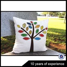 Factory direct sale fashionable handmade throw pillow in many style