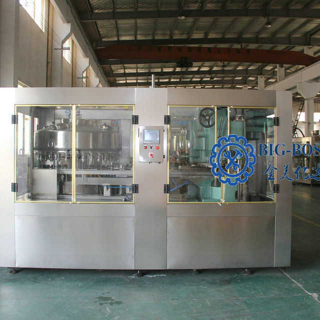 CO2 gas filling/Drinks filling machine/Carbonated drinks equipment