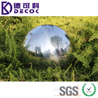 Street Stainless Steel Gazing Ball for Garden and Home in 20'' 36'' Diameter