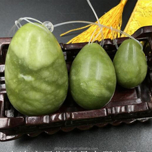Wholesale Natural Stone Gemstone Polished Tumbled Nephrite Green Jade Yoni Egg Set For Women Kegel Exercise
