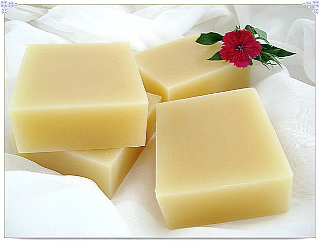 Bath and body works flower perfumed soap