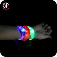 New Products 2016 China Wholesale Excellent Cheap Cuatom Party Supplies Led Flashing Bracelet