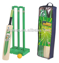 Kid cricket bat set