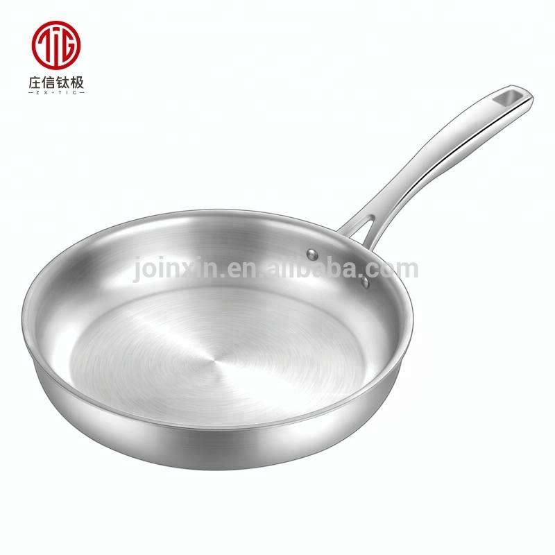 20cm Pure titanium healthy tableware non-stick frying pan egg frying wok pan