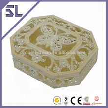 Luxury Shinny Butterfly Crystal Decorated personalized gift boxes As Gift or Keeping Jewelry