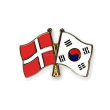 Denmark&Korea Friendship Flag Lapel Pin Bilateral Friendship Flag Pin