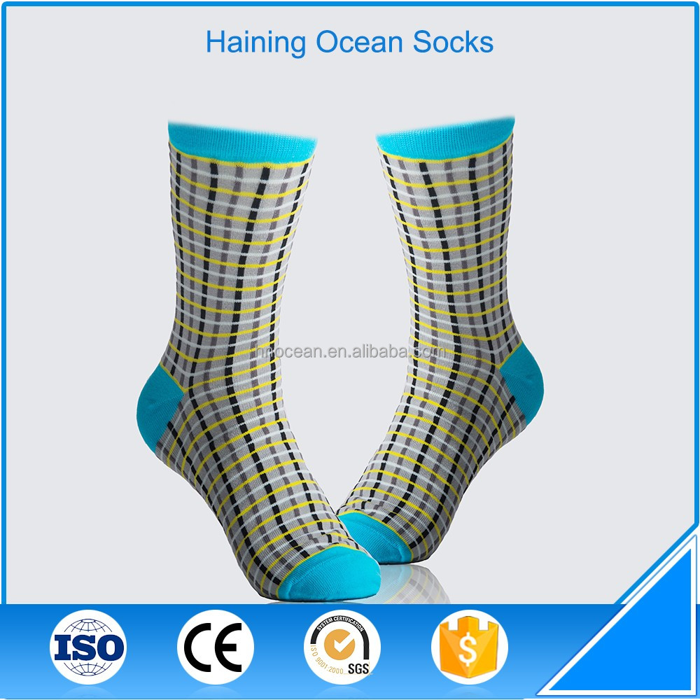 wholesale strip pattern sports socks for men