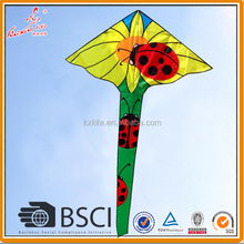 Good flying ladybug delta kite for children