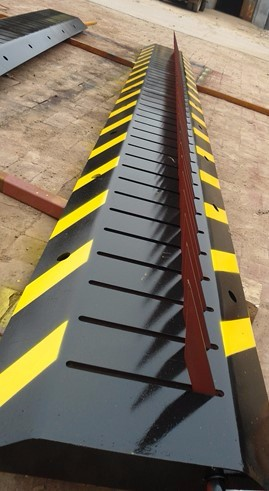 Military Agency Road Traffic Road Blocker with Spike, Vehicle Barrier with Easy Installation and Lower Maintence Cost