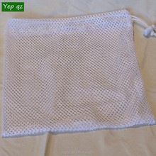 Eco friendly wholesale drawstring white color recycled mesh large wshing net laundry bag hamper for promotion