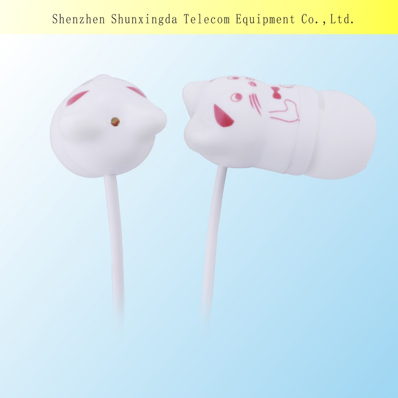 2015 Plastic headphones China factory outlet In-ear stereo earphone&earbuds with micro