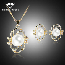 yiwu 2016 pearls flower shaped necklace and earring set,cheap earring cheap pendant necklace