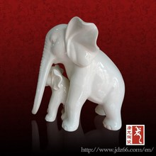 Chinese style excellent quality elephants custom ceramic sculpture for art collection