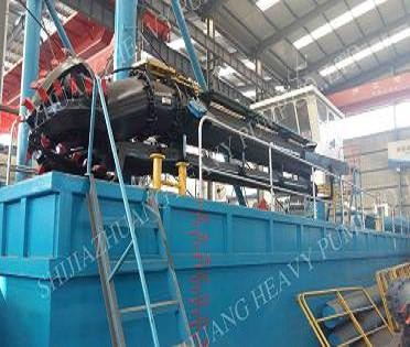 Shijiazhuang Heavy Pump HP300 Cutter Suction Dredger for Dredgings