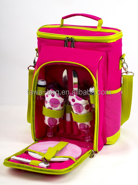 Children's picnic bag with shoulder strap