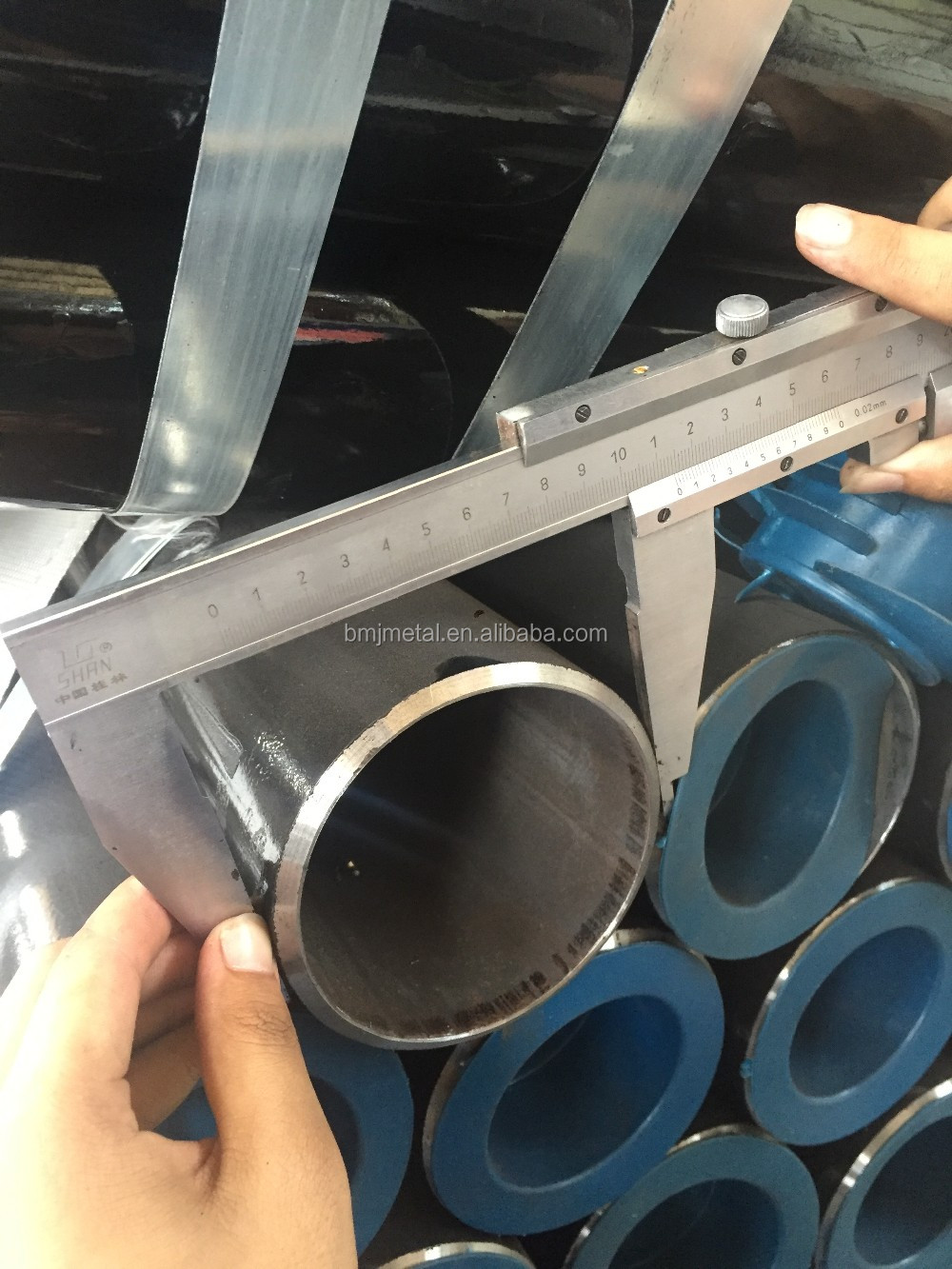 High Quality Low Price ERW Carbon Steel Pipe