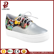 2016 fashionable new design name brand painted girls canvas shoes