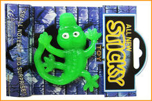 2013 Fun TPR Plastic Novelty Sticky Lizard toy for vending capsule