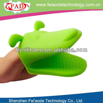 FDA and LFGB advanced cooking silicone mitt
