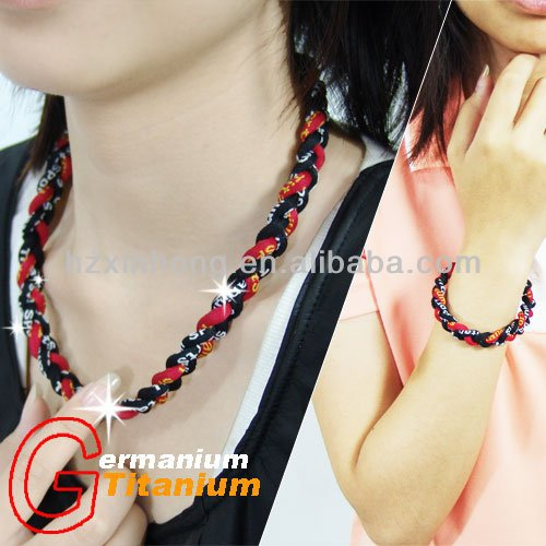 Silicone titanium jewelry sports necklaces with 3 ropes