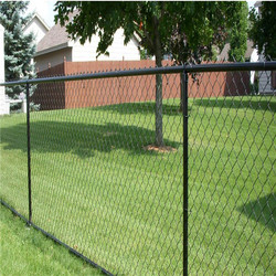 Cheap!PVC coated chain link fence in black color /diamond mesh fence