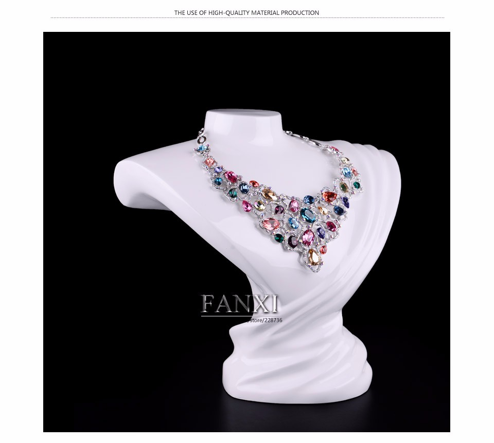 FANXI Wholesale Custom Elegant Design Artistic Jewelry Necklace Display Stand Resin Bust White Laquered Fashion Mannequin Bust