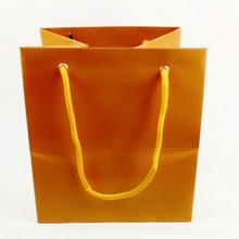 Custom recyclable paper wide bottom online shopping india bag with hign quality