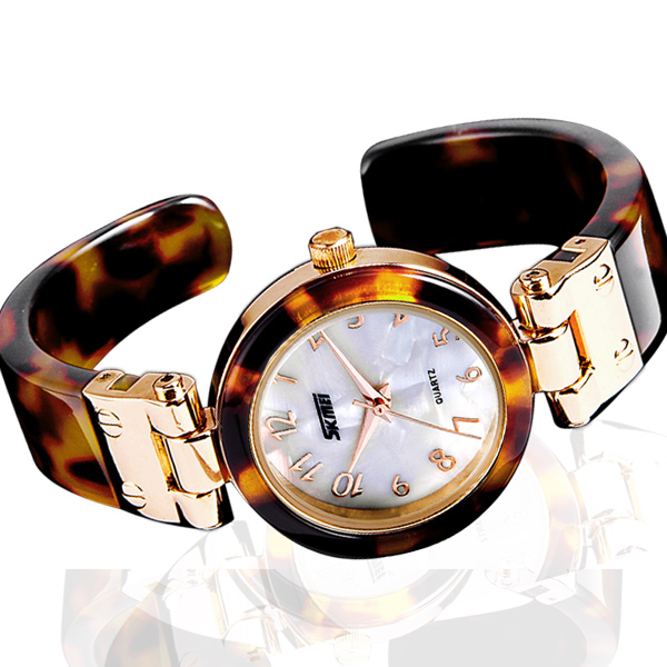 High End Vogue Beautiful Design Bracelet Watches Women for Wholesale