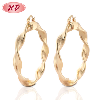 Wholesale Women Fashion Fancy Design Gold Twisted Hoop Earrings