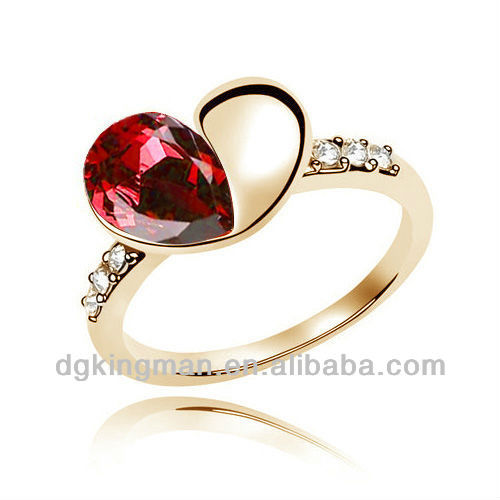 2013 China Fashion Jewelry, Ruby Rings With Heart Shaped