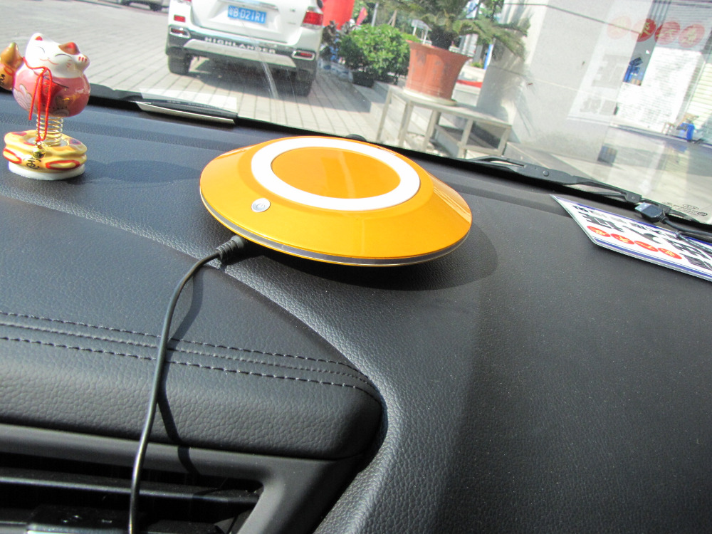 BMN909-1 Golden Silver high efficiency car air purifier/air cleaner/air refresher with USB charger