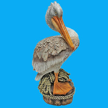 hot sale hand painted decorative resin pelican statues