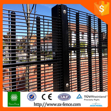 Pvc coated wire mesh fence for boundary wall, decorative wire fence