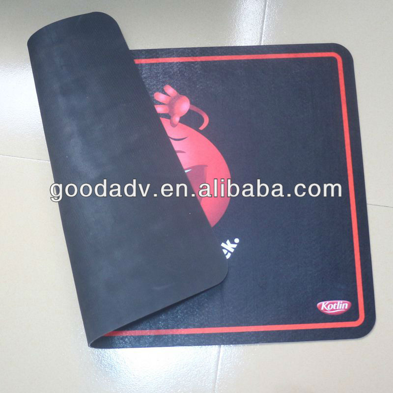 Guangzhou factory with cheap price fabric anti-slip rubber foam floor mat for promotional gifts