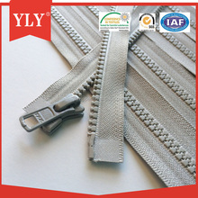 Zipper supplier direct sale plastic zipper strip for luggage bags