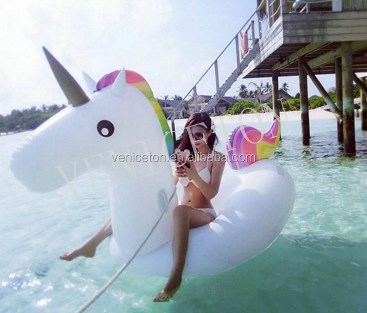 Inflatable water product unicorn pool float