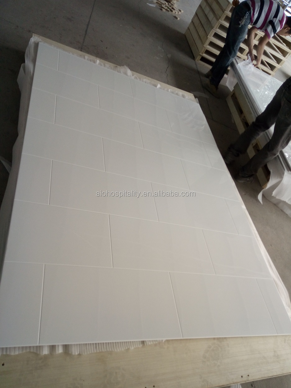 "12"" x 24"" Smooth Block Pattern Gloss Solid White Cultured Marble Tub Surround for Hotel Bathroom"