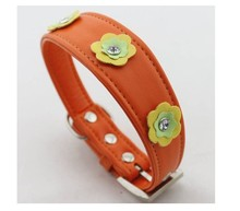 Quality leather flower decorative pet collar