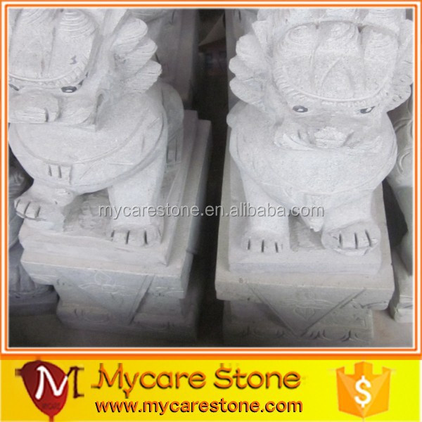 Chinese lifelike lion statue, stone lion statue on sale