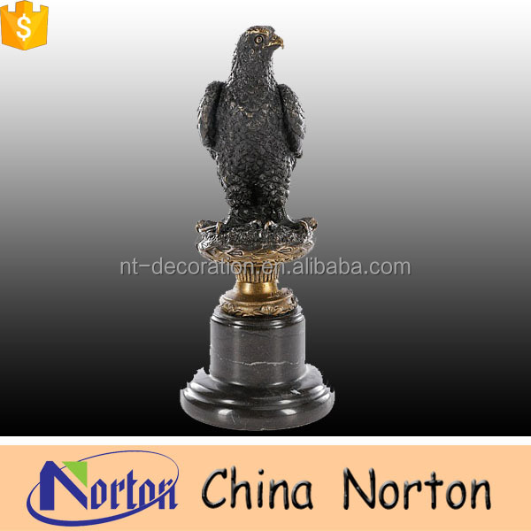 foundry bronze sculpture Small standing eagle statues NTBH-D021Y