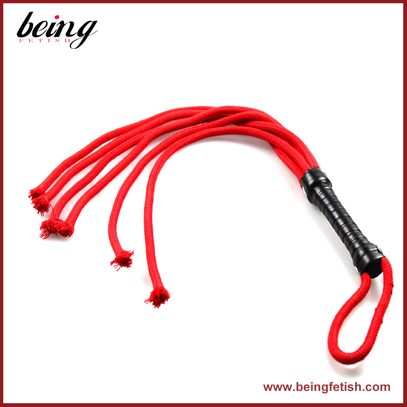 Hot Selling Sex Toys Male Bondage Leather Mini Whip Flirt Sex Cheap Safety Braided Whip with Rubber Tail