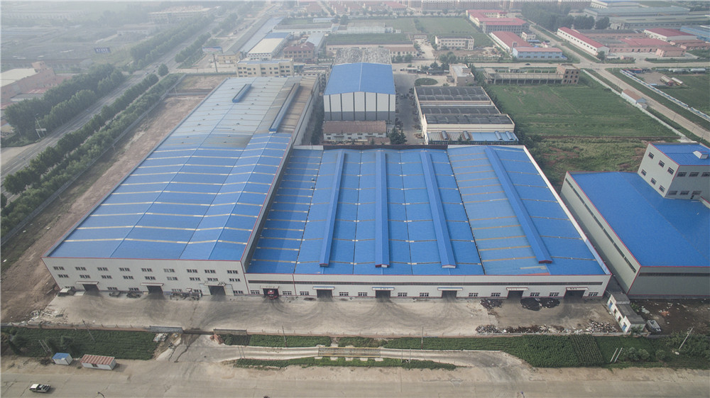 China low cost prefabricated steel building warehouse